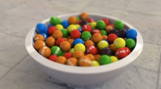 bowl-of-sweets